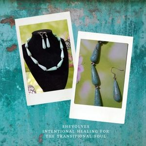 AUTH. Chrysocolla Tears Healing Necklace Set NWT